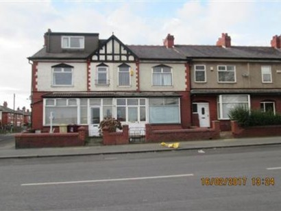 4 Bed Terraced House To Rent - Main Image